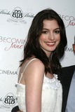 Anne Hathway Photo 3