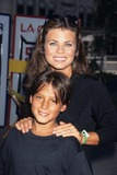 Yasmine Bleeth Photo - Yasmine Bleeth with Brother Tristan 1995 Street Hockey Jam in Universal City K2316lr Photo by Lisa Rose-Globe Photos Inc