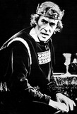 Peter O Toole Photo - Peter Otoole As Macbeth at Londons Old Vic Theatre 1980 Supplied by Globe Photos Inc Peterotooleretro