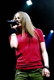 Avril Lavigne Photo - Avril Lavigne at Nassau Coliseum in Long Island New York 5132003 Photo Byclaire EdwardsipolGlobe Photos Inc