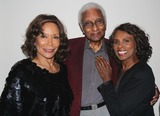 Gloria Hendry Photo - Birthday Party For Casting Director Steve Nave Bel-air Estates Bel-air CA 11152014 Freda Payne with Gloria Hendry and Husband Jazz Legend Phil Wright Clinton H WallaceipolGlobe Photos Inc