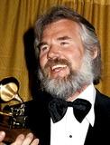 Kenny Rogers Photo - Grammy Awards Kenny Rogers Photo Byphil RoachipolGlobe Photos Inc