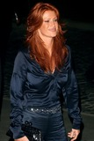 Angie Everhart Photo 3