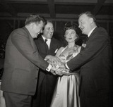 Donna Reed Photo - Edmond Obrien Lee J Cobb Donna Reed Tom Tully Photo Nate CutlerGlobe Photos Inc