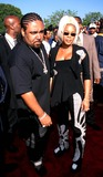 Mack 10 Photo - Sd0822 the Source Hip-hop Music Awards 2000 Pasadena Civic Arena California T-boz and Husband (Mack 10) Photo Fitzroy Barrett  Globe Photos Inc