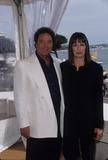 Anjelica Huston Photo - Anjelica Huston with Tom Jones 1999 Cannes Film Festival K15649fb Photo by Fitzroy Barrett-Globe Photos Inc