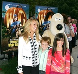 Aliana Lohan Photo - Premiere of  Wallace and Gromit the Curse of the Were-rabbit  at the Chelsea West Theatre in New York City 9-25-2005 Photo Byrick Mackler-rangefinders-Globe Photos Inc 2005 Dina Lohan and Aliana Lohan