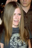 Avril Lavigne Photo - Avril Lavigne K27059eg 8 Mile Premiere Village Theatre Westwood CA Nov 06 2002 Photo by Ed GelleregiGlobe Photos Inc