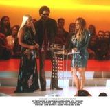 Lenny Kravitz Photo -  Vh1vogue 2000 Fashion Awards at the Theatre at Madison Square Garden NYC 10202000 Donatella Versace Lenny Kravitz and Jennifer Lopez Photo by John Barrett  Globe Photos Inc G