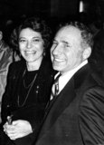 Anne Bancroft Photo - Mel Brooks and Anne Bancroft Photo Bill Holz - Michelson - Globe Photos Inc Melbrooksretro