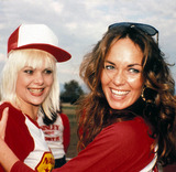 Ann Jillian Photo - 1980 Catherine Bach and Ann Jillian Photo by Barry King-ipol-Globe Photos